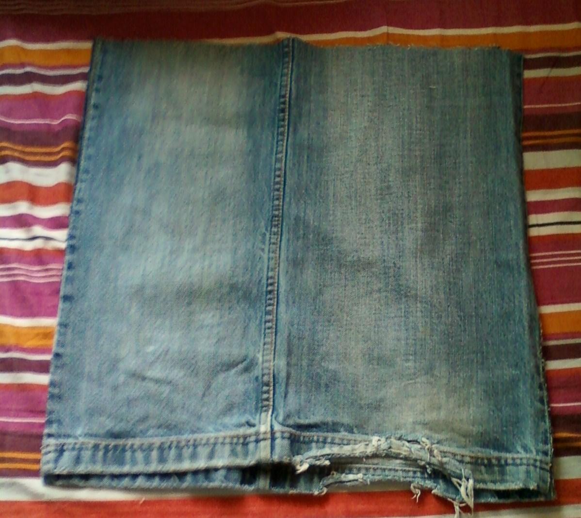 Rien ne se jette tout se custom avec des chutes de jean - Faire un ourlet de jean ...