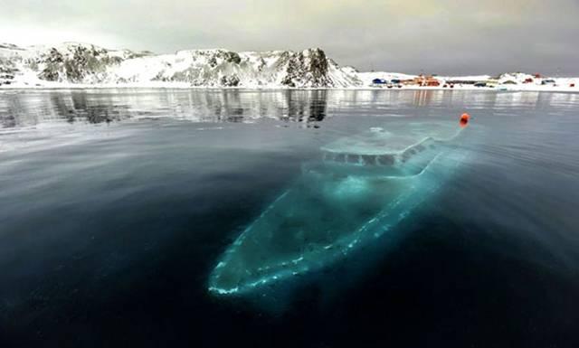 07. Sunken & frozen yacht in Antarctica