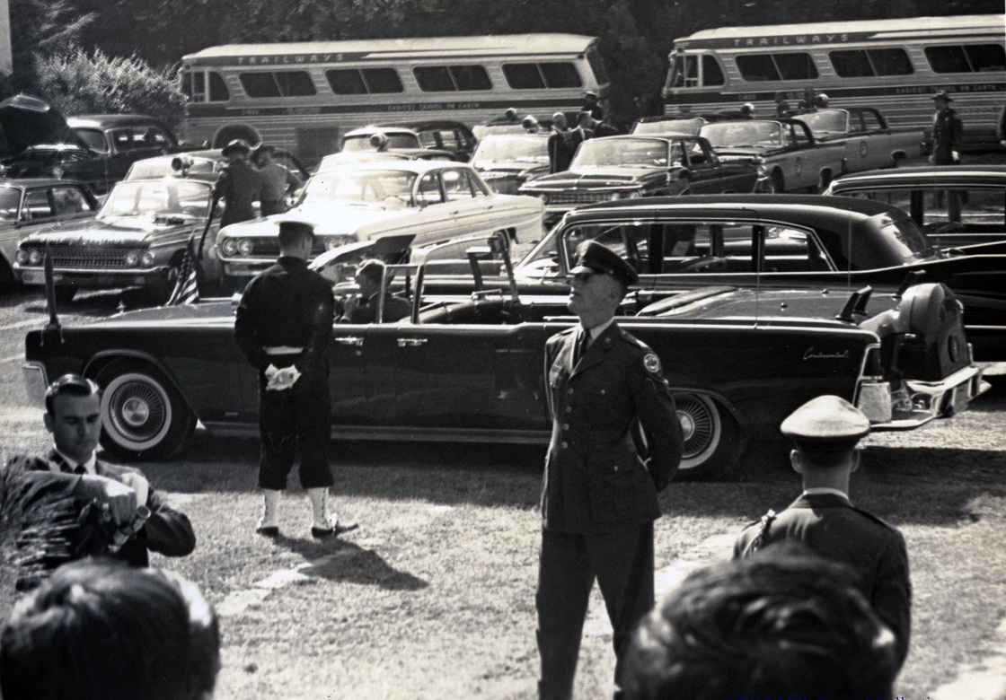 SA Bill Greer and JFK's limo 10/12/61