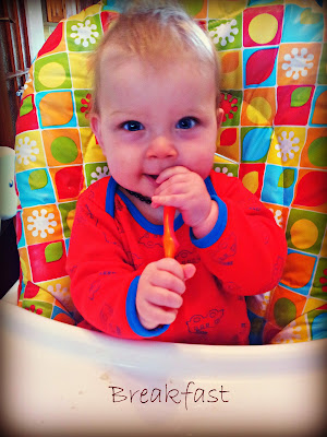 weaning, baby breakfast, munchkin weaning spoons