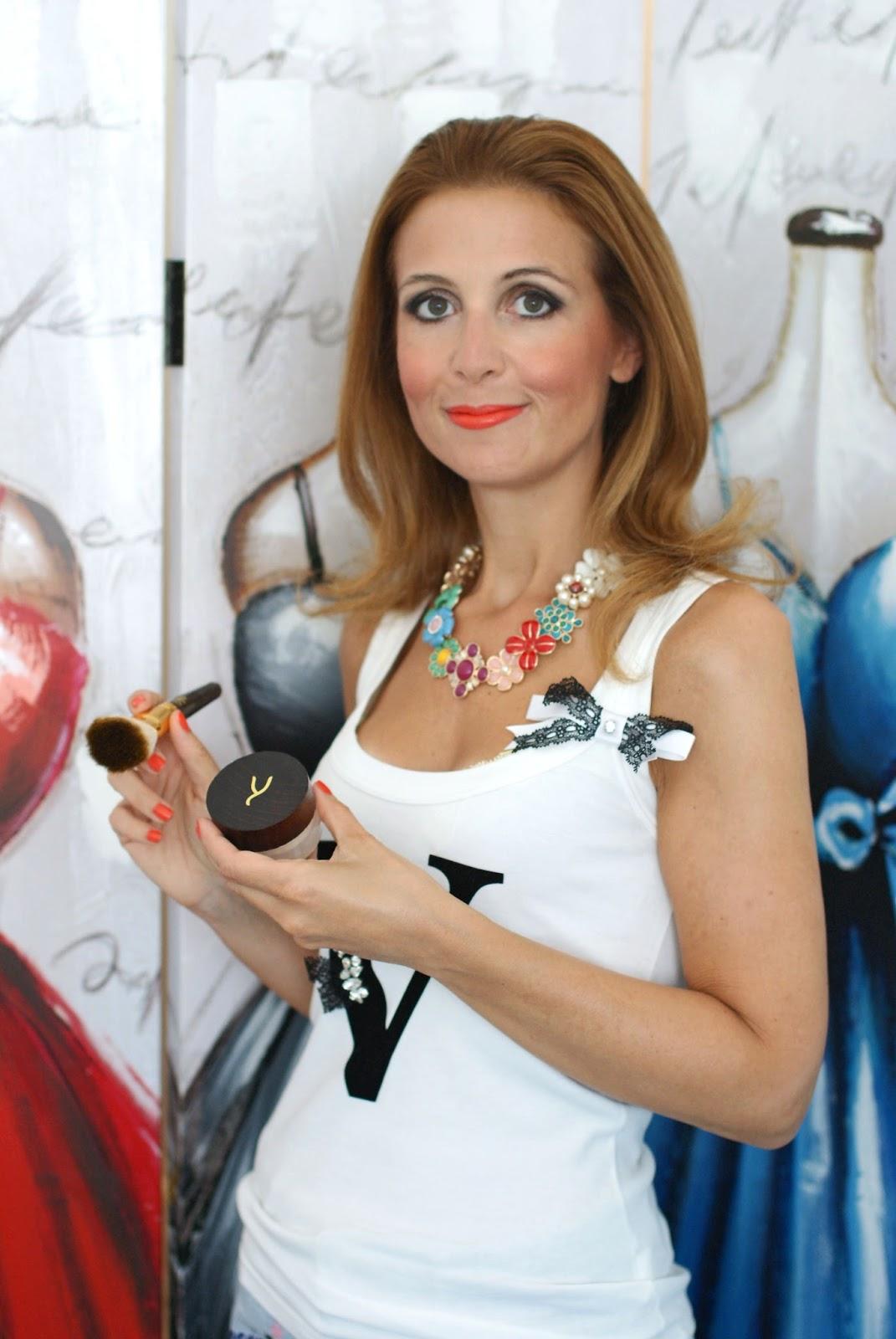 Gaya Cosmetics review, Gaya mineral foundation on Fashion and Cookies fashion and beauty blog