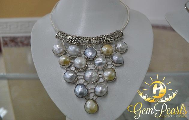 Kalung Gem Pearls