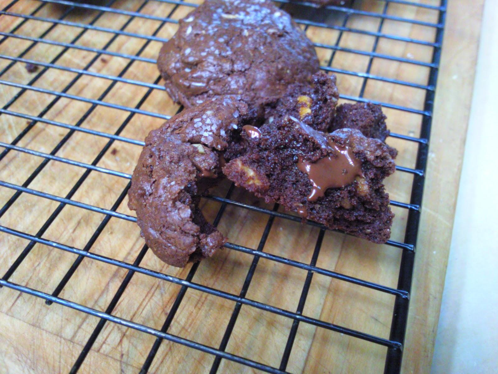CJ's Kitchen: Ghirardelli Chocolate Truffle Cookies with ...