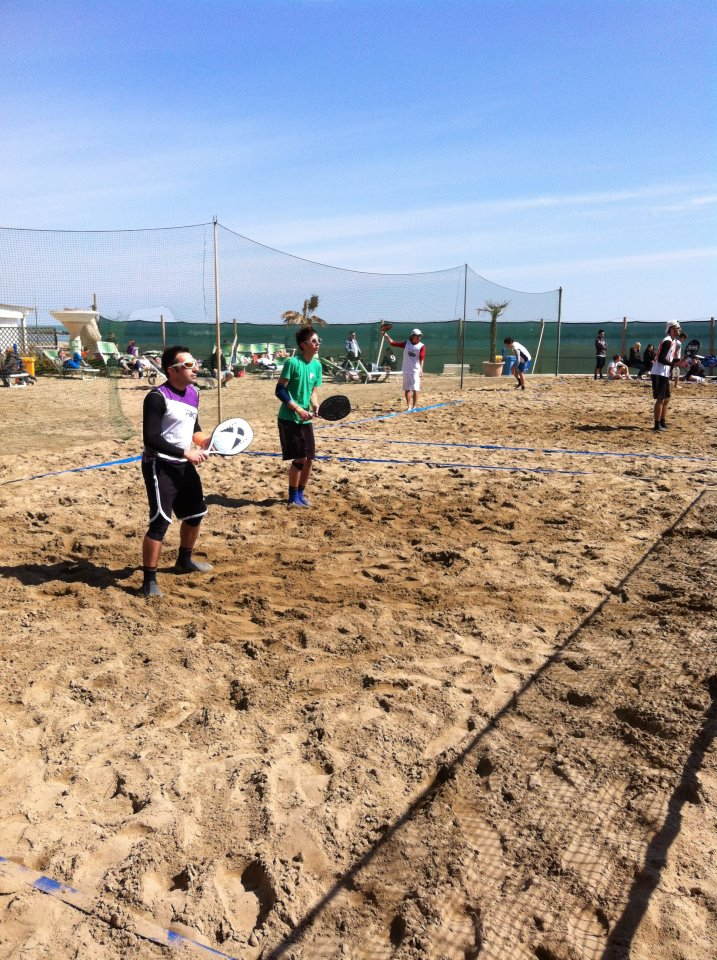 Beach tennis ravenna torneo di pasquetta il podio - Bagno marina beach lido adriano ...