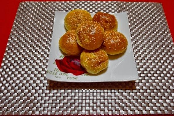 Bollitos de Pan con Sésamo