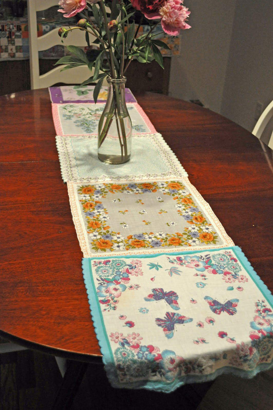 Vintage Handkerchief Table Runner Craft