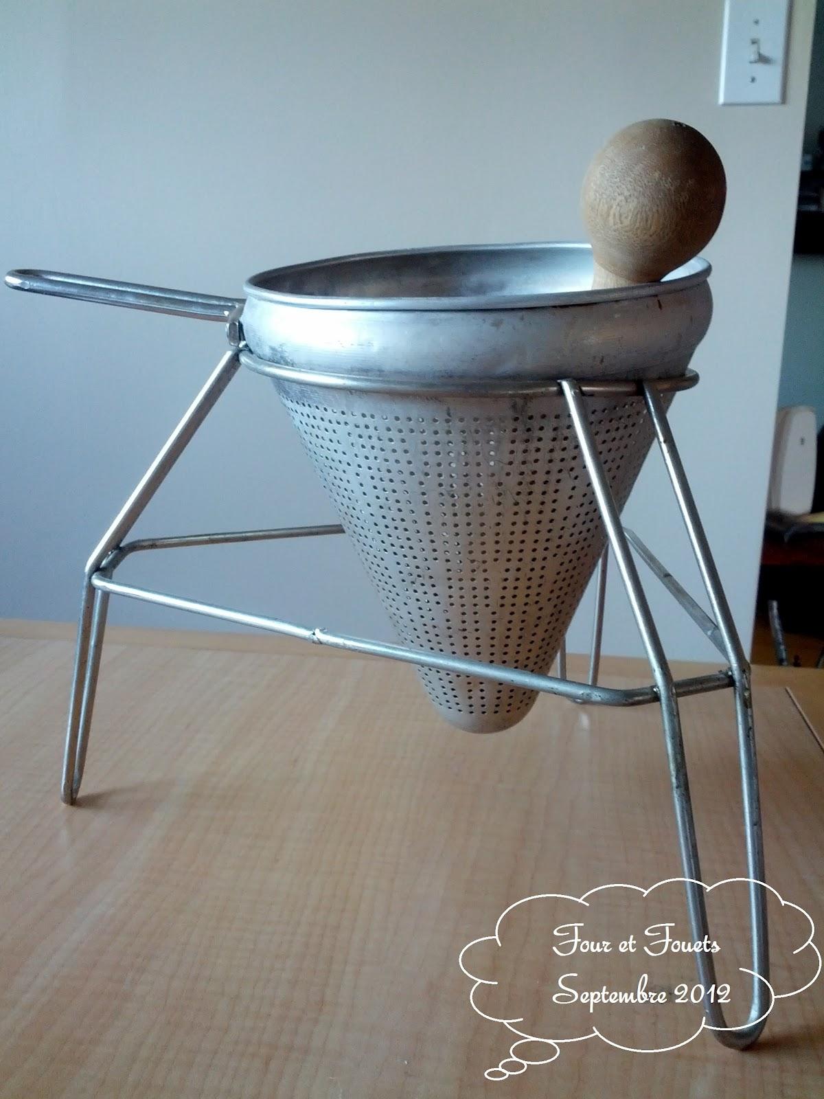four et fouets pour sara compote de pommes. Black Bedroom Furniture Sets. Home Design Ideas