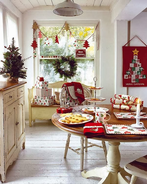 Decorar la Mesa del Comedor para Navidad Dinning Christmas Decorations Dining Table by artesydisenos.blogspot.com
