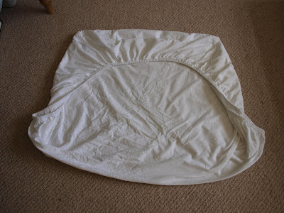 How to fold a fitted sheet Sprout's House