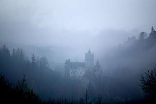 bran castle,bran castle rumania,vampire castle