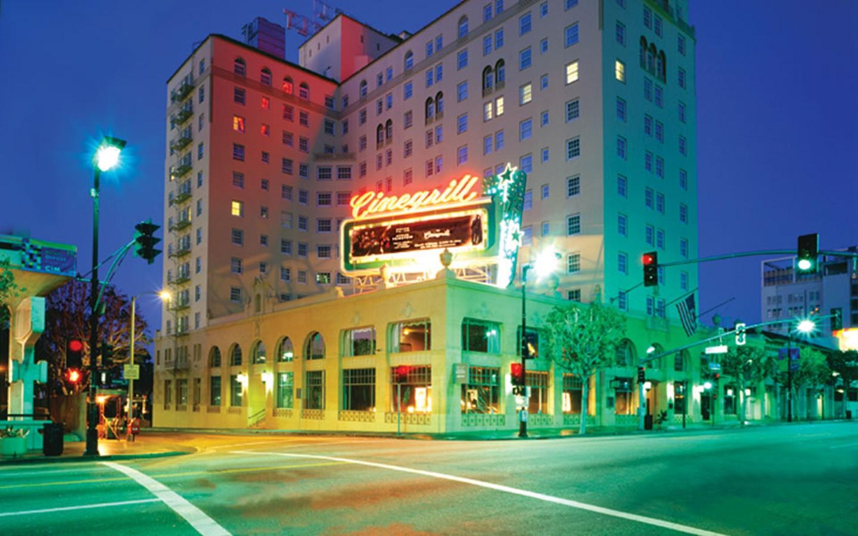 5 elegant but eerie hotels in america for Hotels 90028