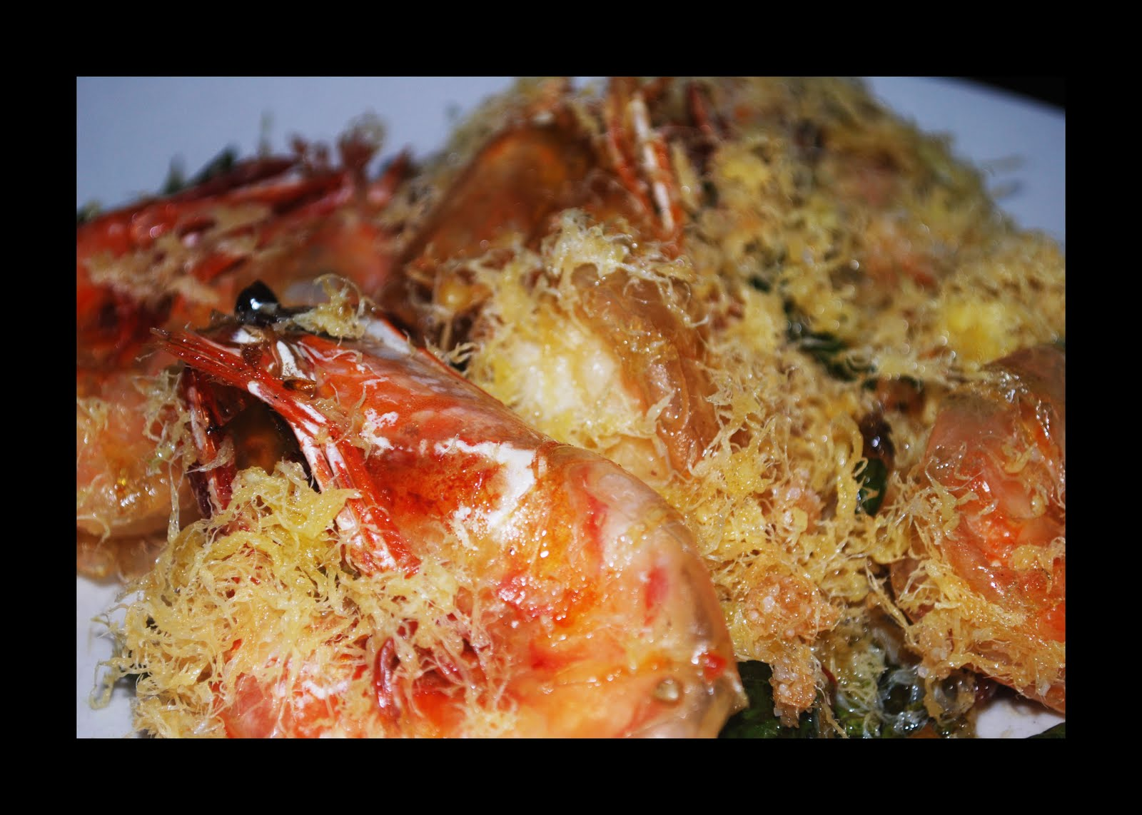 WHAT'S GOING ON?: Butter Prawn vs Roasted Duck