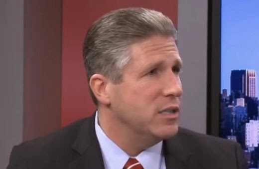 NYPD Police Union Head Pat Lynch: He's a thug that heads a union that has become little more than a racist cult. (Photo screen captured from YouTube video)