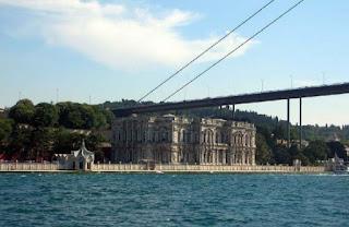 أهم الأماكن السياحية في اسطنبول مع الصور 542370_3614170572464