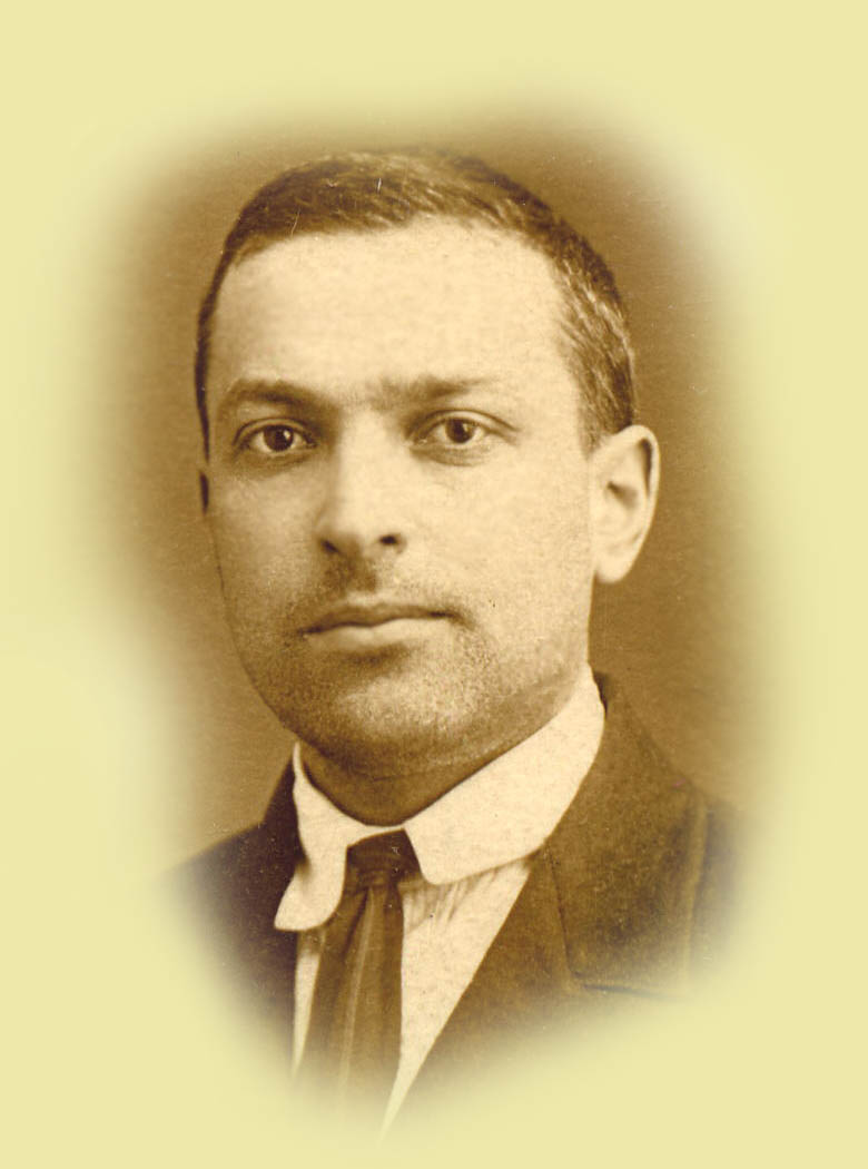 Lev Vygotsky and Social Cognition | Funderstanding: Education ...