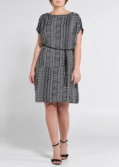 http://shop.mango.com/SE/p0/violeta/clothing/monochrome-print-dress/?id=21030208_02&n=1&s=prendas_violeta&ident=0__0_0_1389802889759&ts=1389802889759