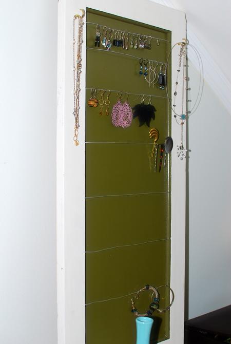 TOWEL HOLDER CABINET W SHELVES DOOR PICTURE HOLDER | eBay