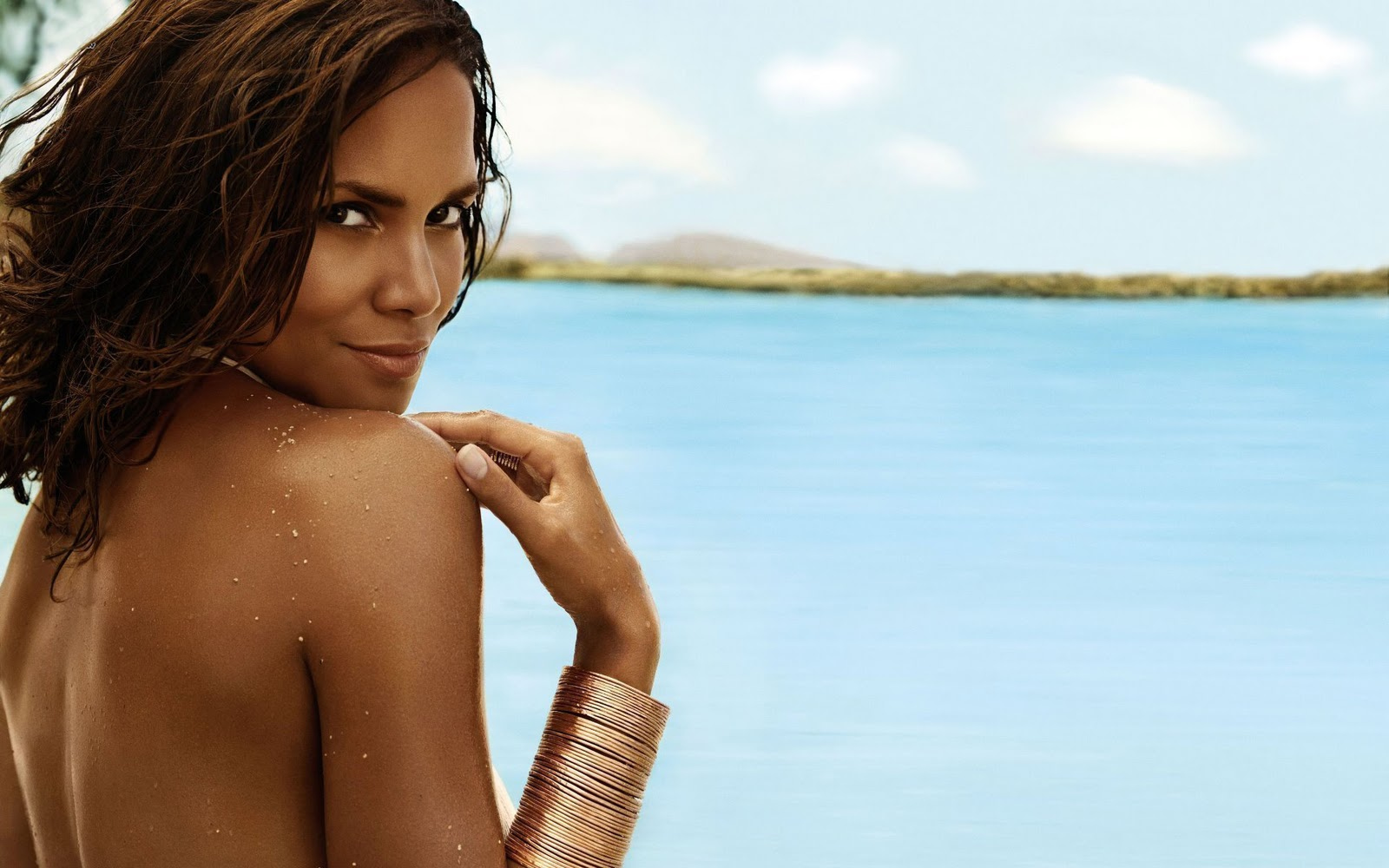 High Resolution Wallpaper Halle Berry Wallpapers