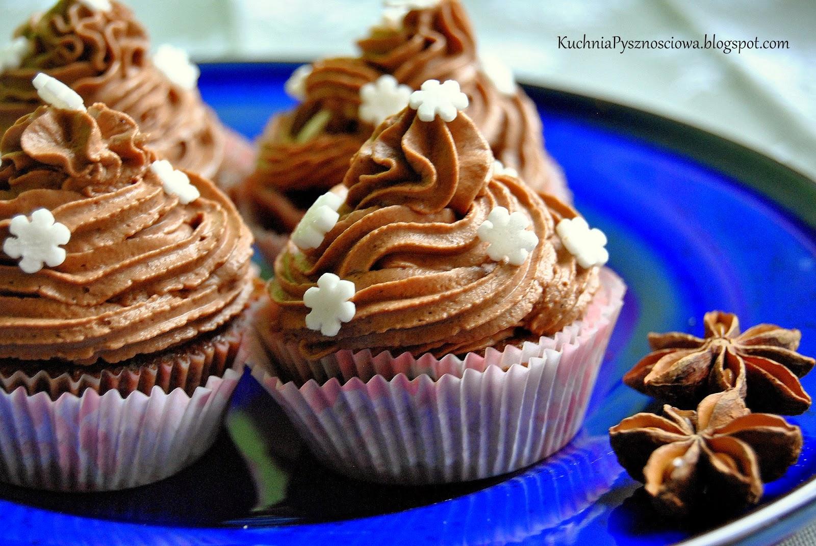 279. Zimowe muffiny czekoladowe z kremem piernikowym