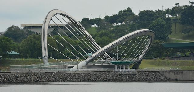 Bridge Putrajaya pedestrian
