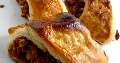 Thermomix Recipes: Sausage Rolls: Thermomix Recipe