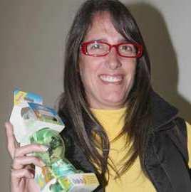 Gabriela Pérez del Solar con lentes
