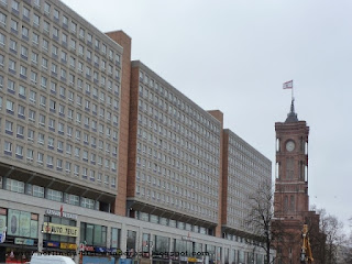 Alexanderplatz, Rathauas Passagen, Rotes Rathaus