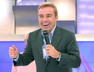Gugu Liberato sai da Record e deve trabalhar na Globo ou SBT