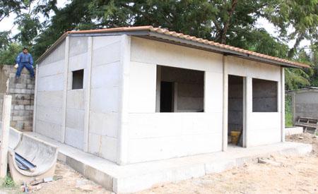 Dos empresas nos explican las ventajas de tener una casa for Habitaciones prefabricadas precios