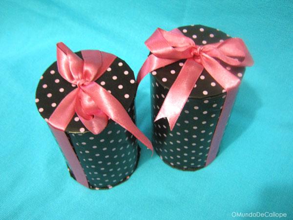 embrulhos e sacolas para presentes Presente-reciclagem--tubo-papel%C3%A3o2