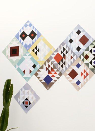 Dekorativ farverig vægkalender