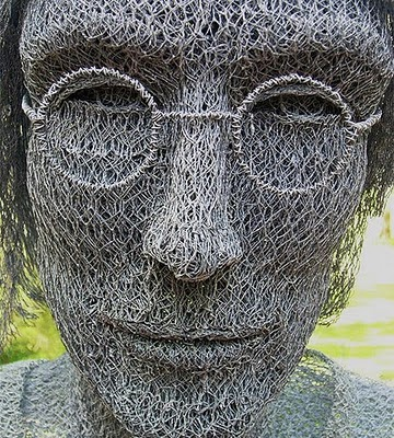 How to Recycle: Chicken Wire Sculptures