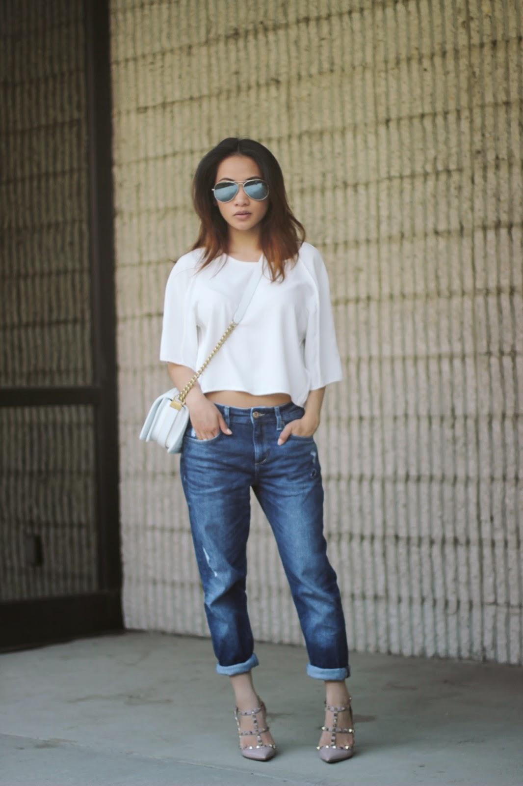 boyfriend jeans, valentino nude stud, white chanel boy bag, melba nguyen, fashion blogger