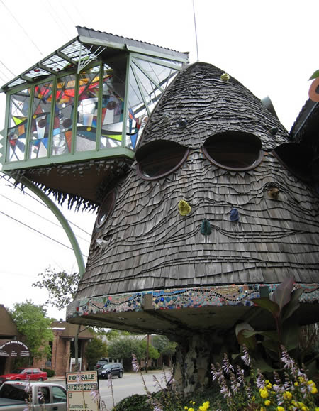 20 Most Bizarre Houses Around The World Worldbizarre Things