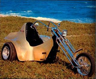 Triciclo - 1974 - Foto: Armando Rosário