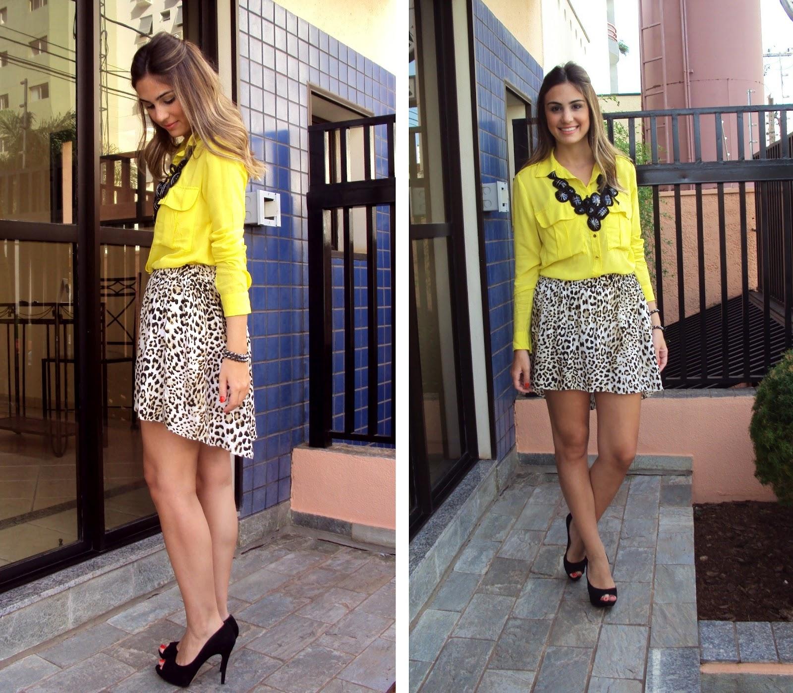 De Imagens E  Prove  O A Camisa Feminina Amarela    Capaz De Fazer