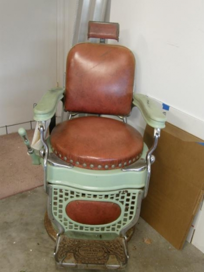 BATAVIA Barber Shop Vintage Gallery Most Wanted Chairs – Hercules Barber Chair