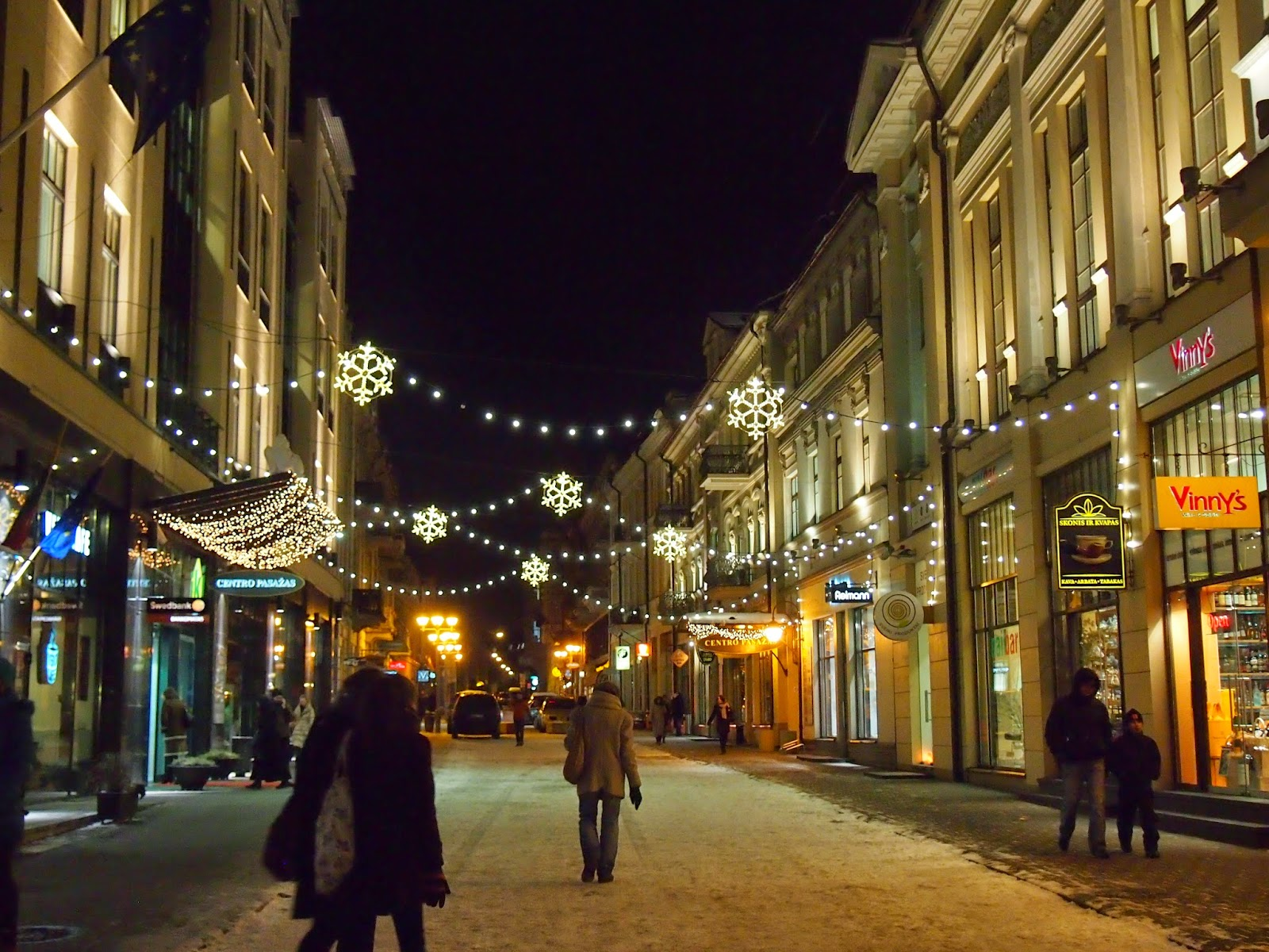 Christmas lights and snow in Vilnius on Vilniaus gatve