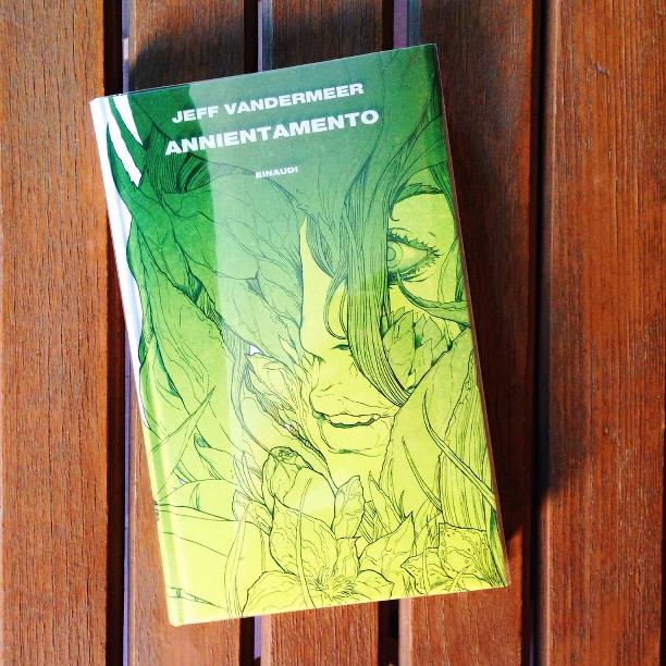 Annientamento, new weird, romanzo, recensione, Area X