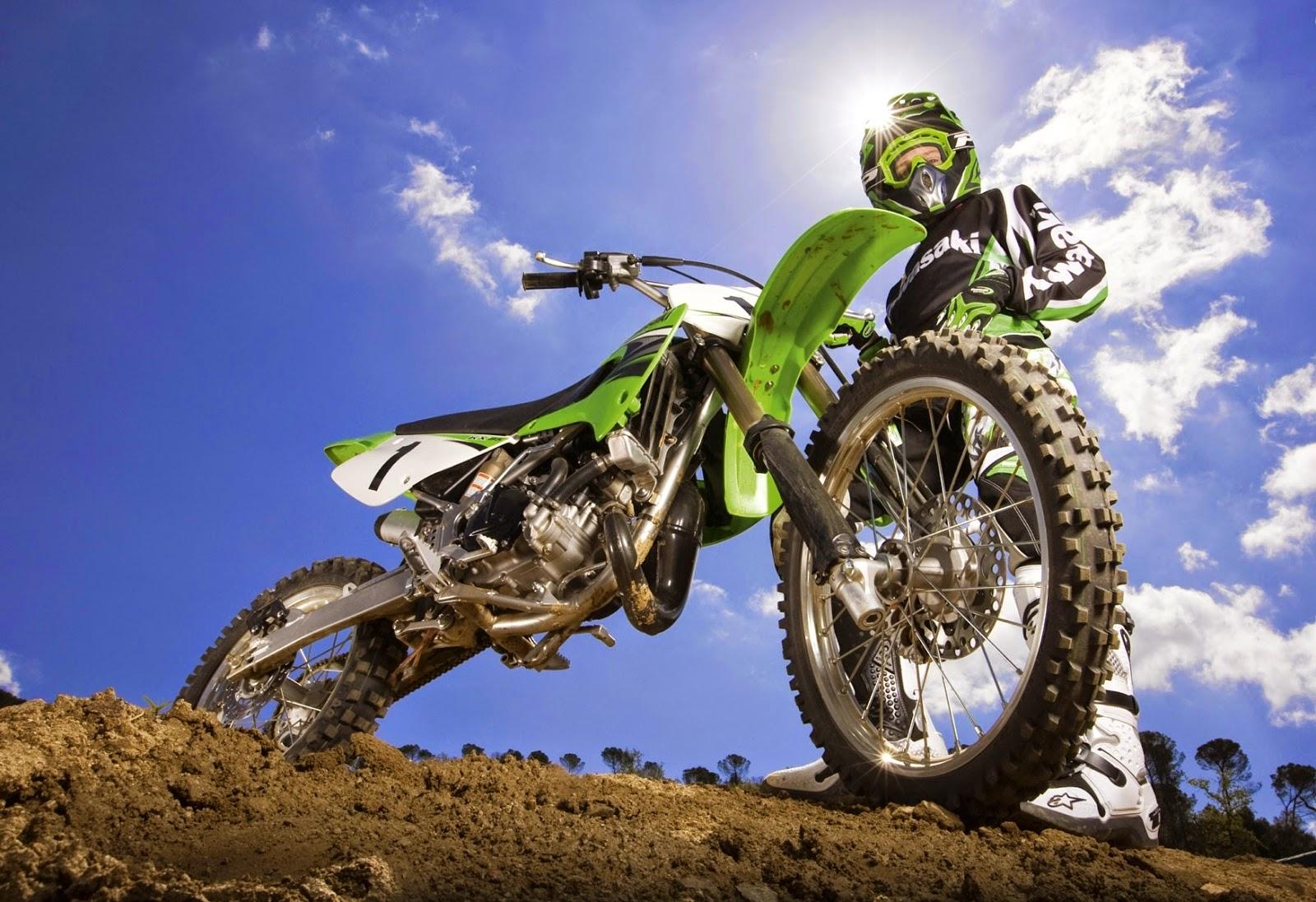 Dirt Bike Widescreen