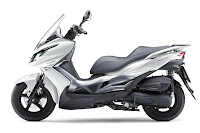 Kawasaki J125 (2016) Side