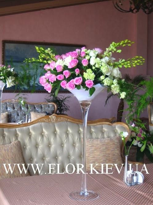 Композиции на столах гостей. Отель Ривьера