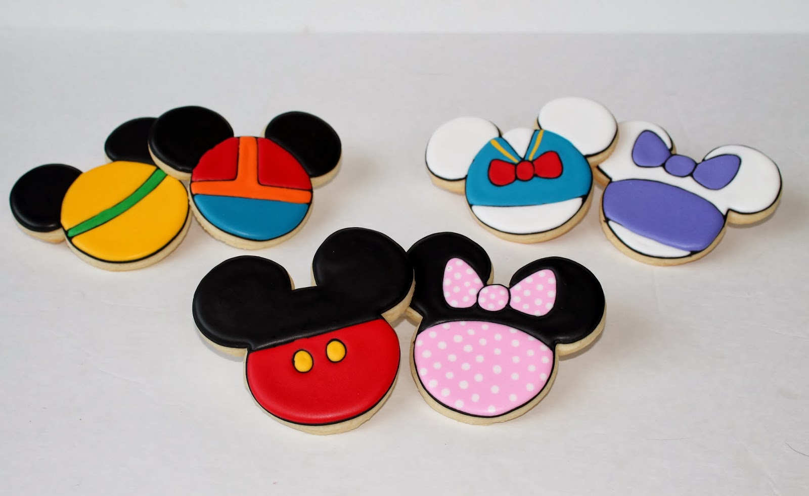 mickey mouse clubhouse birthday cookies - Mickey Mouse Christmas Cookies