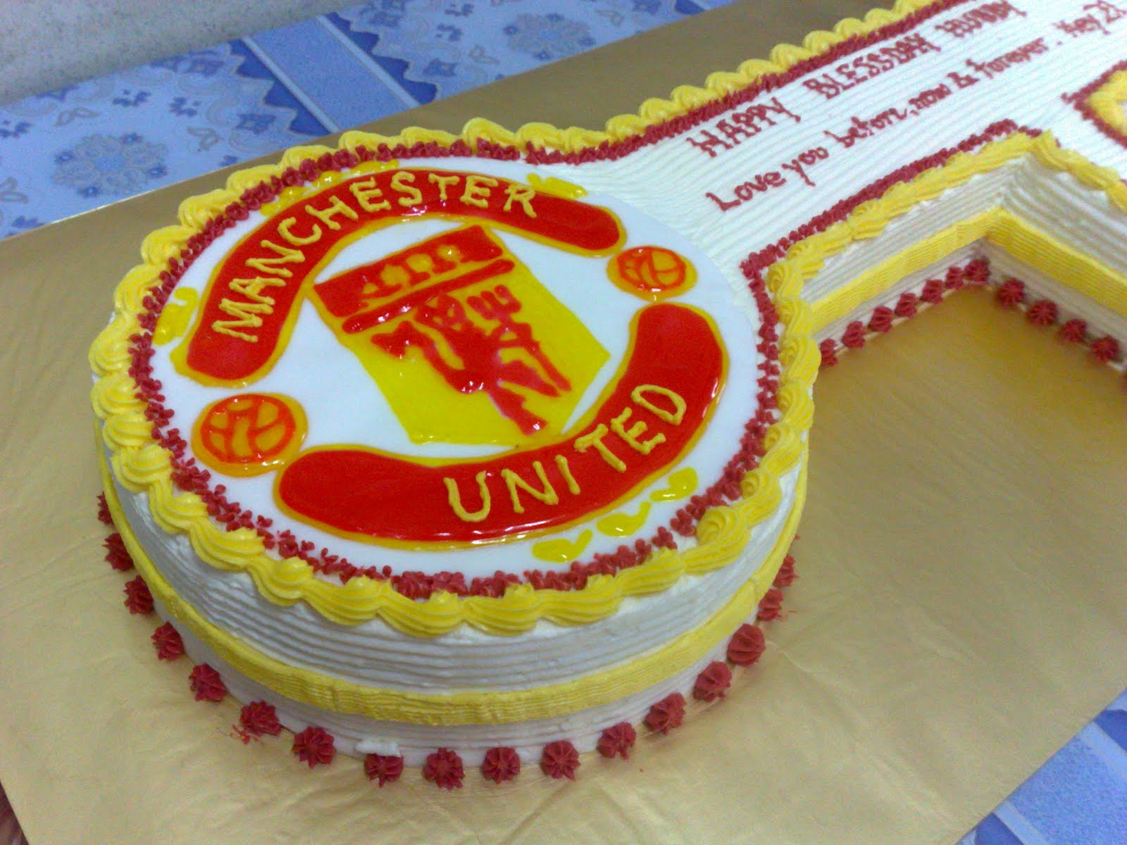 Manchester United Cake Designs Piping