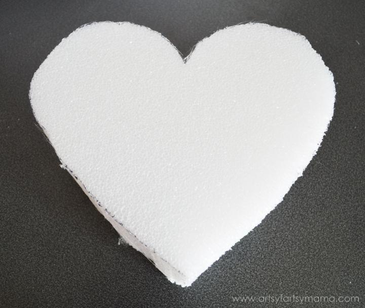 Faux Valentine Piñata Tutorial at artsyfartsymama.com #MakeItFunCrafts