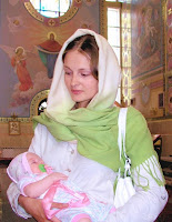 http://4.bp.blogspot.com/-Jbuy10F9H6s/URUfuRO0yQI/AAAAAAABXQA/UWHd3Y4iaio/s1600/russian-woman-with-child.jpg