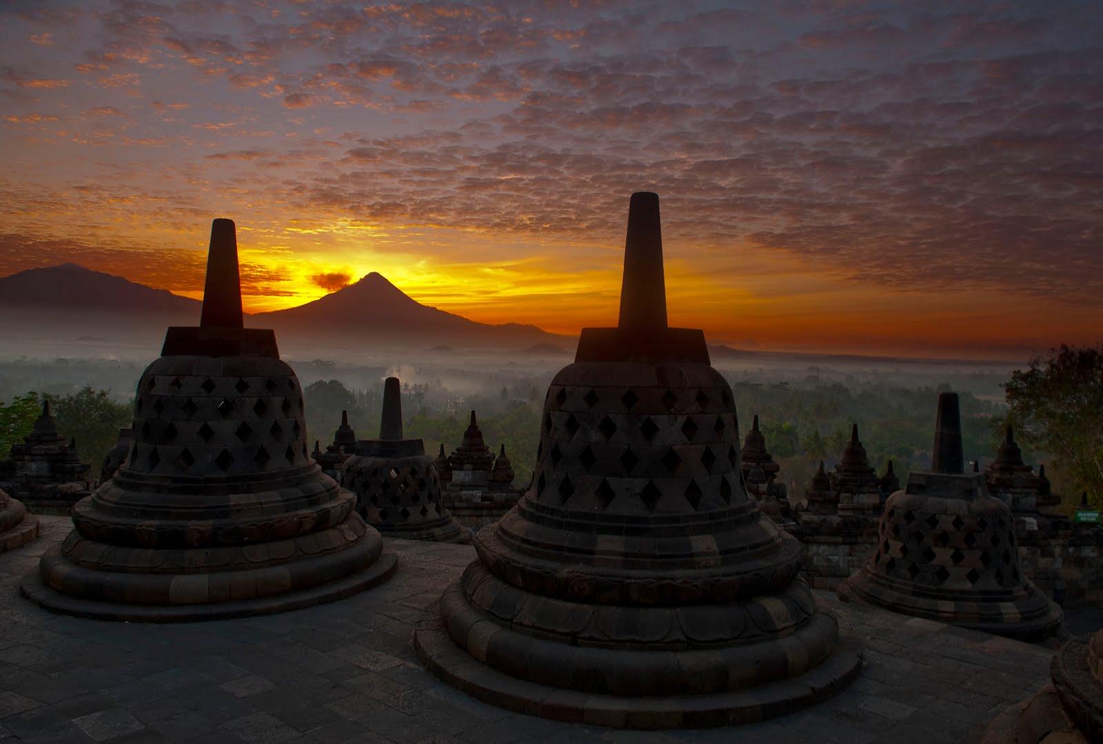 Borobudur Jakarta Tour