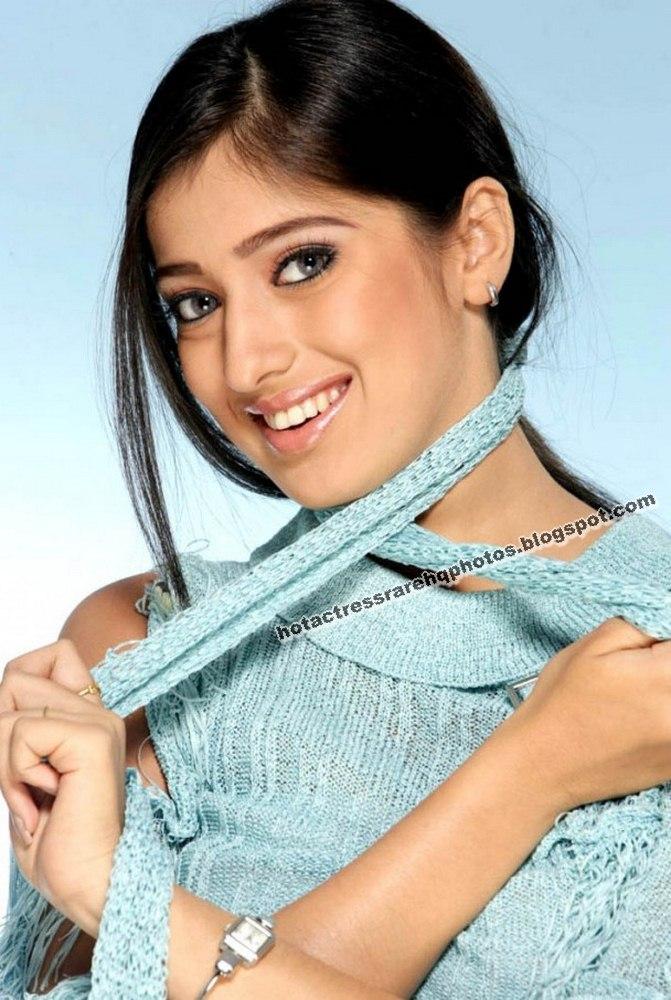 Hot indian actress rare hq photos tamil and telugu for Old indian actress photos