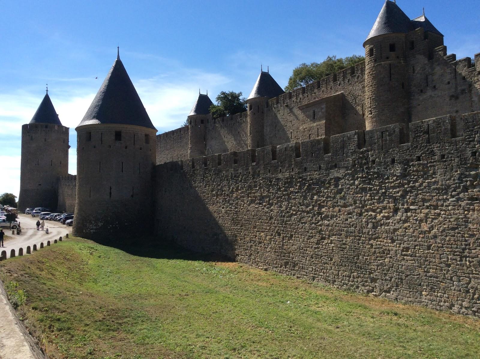 Les joyeux retrait s en cavale for Au jardin de la tour carcassonne