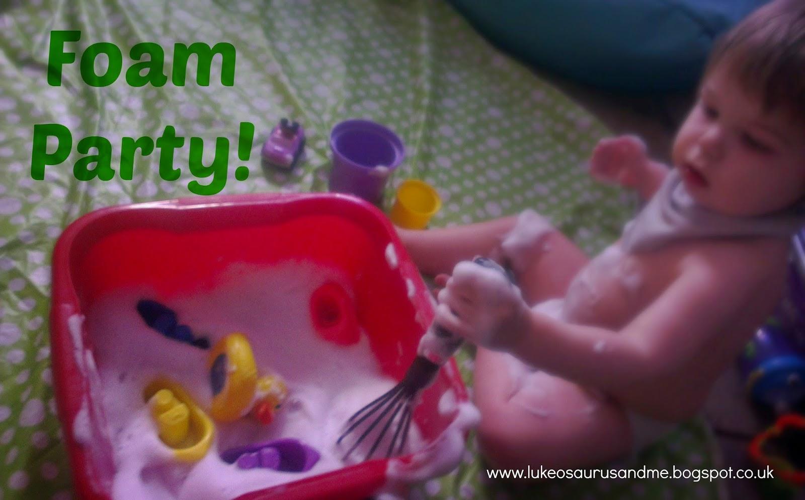 Toddler Foam Sensory Play http://lukeosaurusandme.blogspot.co.uk